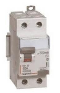 2P 230V~ 40A typeAC 30mA 2 modules Interrupteur diff/érentiel DX/³-ID arriv/ée haute et d/épart bas /à vis