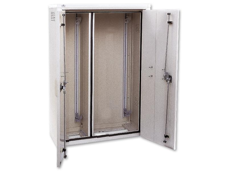 armoire ep3 300 2p2c asym seifel ref 37505 eclairage. Black Bedroom Furniture Sets. Home Design Ideas