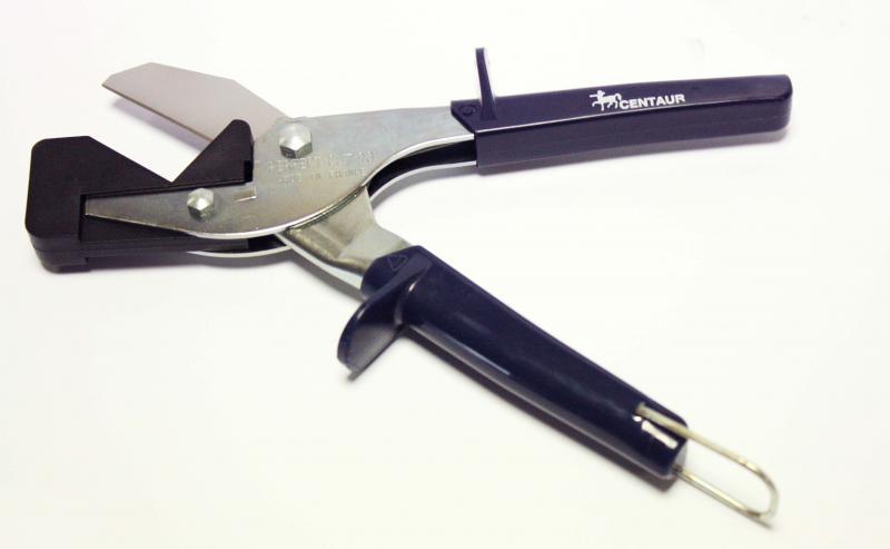 Pince coupe moulure perfect cut wireplast ref 10199 outils pour m caniciens pinces coupante - Comment couper des plinthes en biais ...